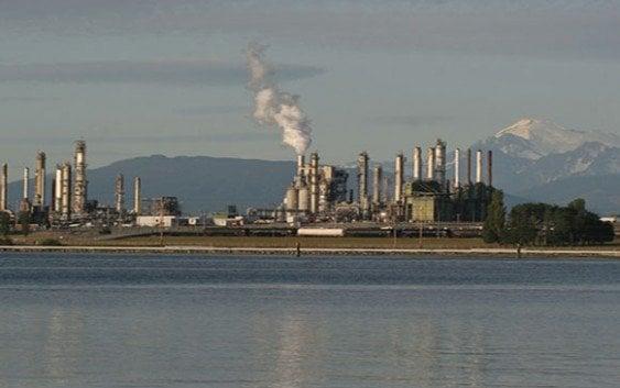 Refinerías de petróleo en huelga en Estados Unidos amenaza precios
