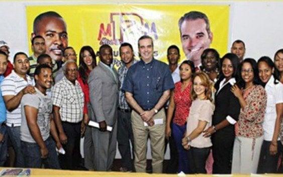 Abinader afirma él y PRM listos enfrentar candidato PLD