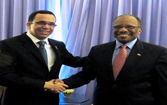 Cancilleres Navarro y Brutus abordan temas de Relaciones Bilaterales