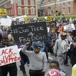 Piden justicia en el caso de Freddie Gray