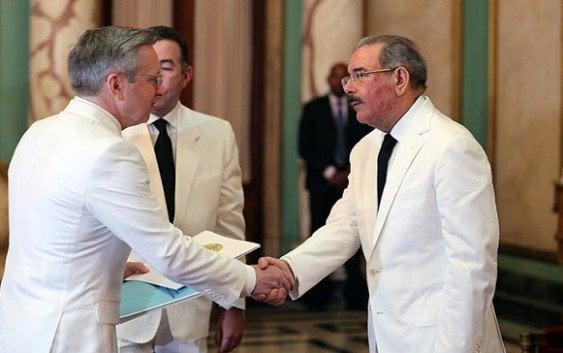 Embajada de Kazajstán presenta embajador