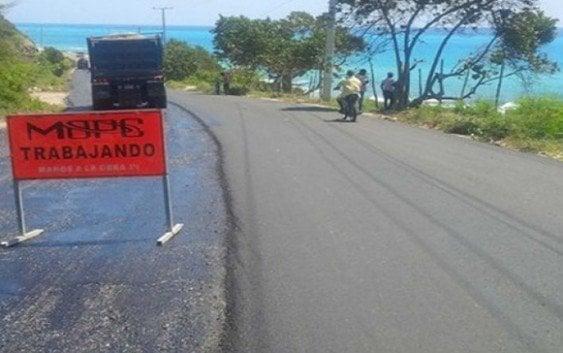 Inician asfaltado carretera Barahona-Enriquillo