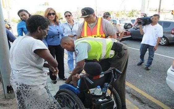 Rescatan 41 menores de las calles