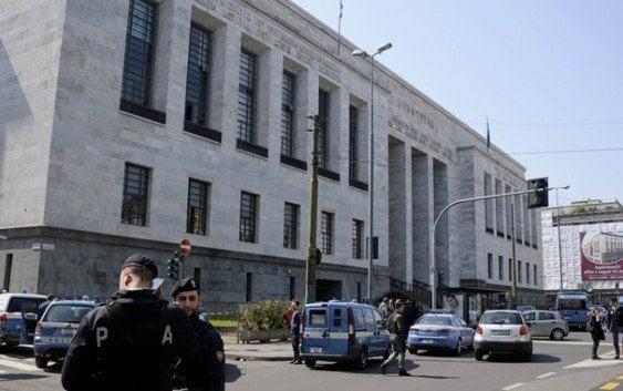 Insólito; Acusado asesina cuatro en Palacio de Justicia…