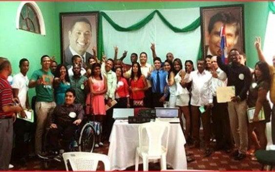 PRI entrena jóvenes líderes sobre política general