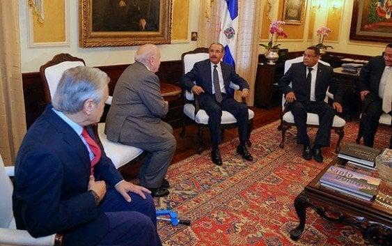 Presidente recibe delegación de abogados iberoamericanos