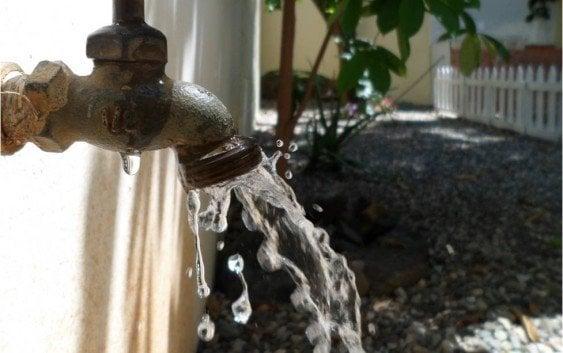 Guayubín y otros seis municipios sin agua hoy