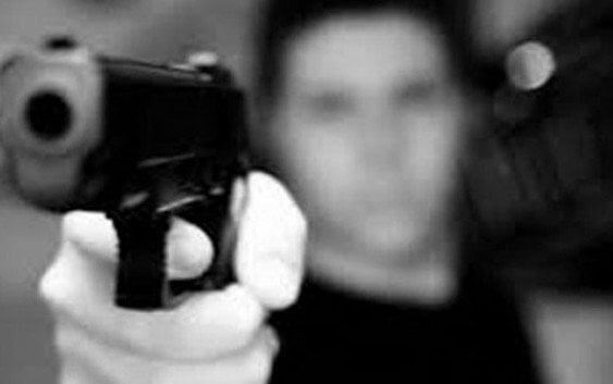 Sujeto intenta asesinar menor de un disparo en el cuello