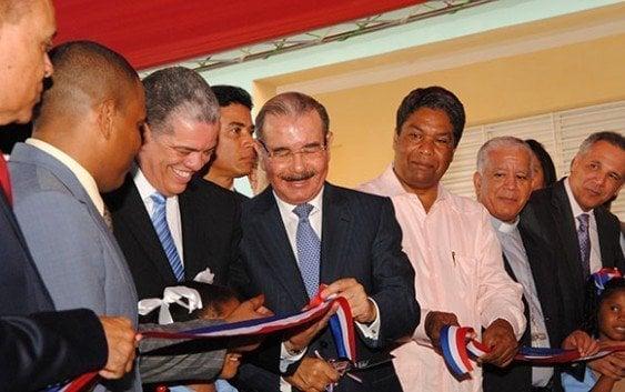 Gobierno inaugura 37 nuevas aulas