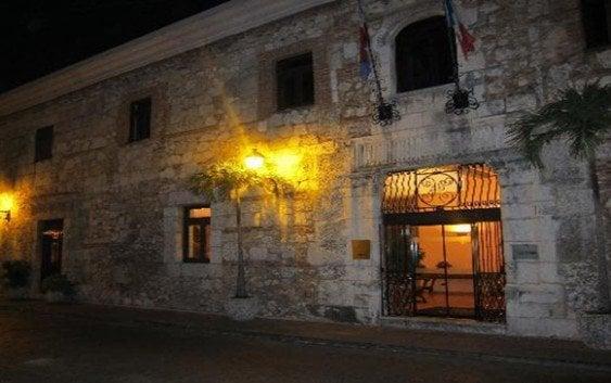 Colapsa Hotel Francés de la Zona Colonial en RD