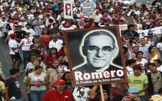 Monseñor Óscar Arnulfo Romero, ya es Santo, proclamado por el Papa Francisco