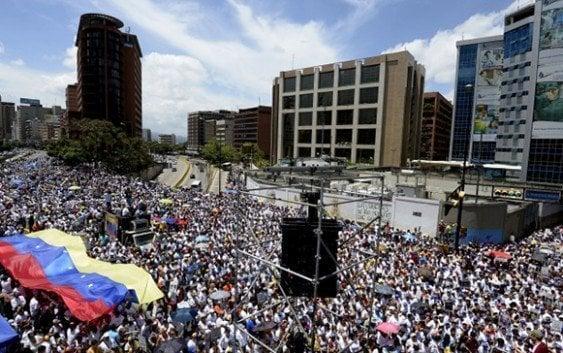 Miles venezolanos a las calles demandando libertad presos políticos y elecciones