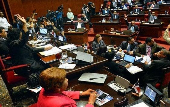 Senado aprueba en primera lectura proyecto de Reforma Constitucional.
