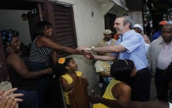Inicia «Plan Victoria 16» camina calles y saluda en Villa Francisca