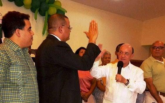 Reformista de Bonao renuncia y se juramenta en el Liberal
