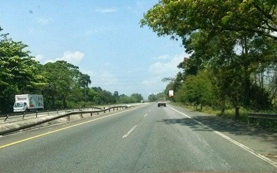 Mañana desvío tránsito autopista Duarte con Cruce Piedra Blanca