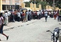 Caos en Monte Plata con haitianos en ultimo día registro