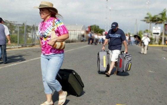 La isla ya no tiene encanto…!!!??? Puertorriqueños la abandonan
