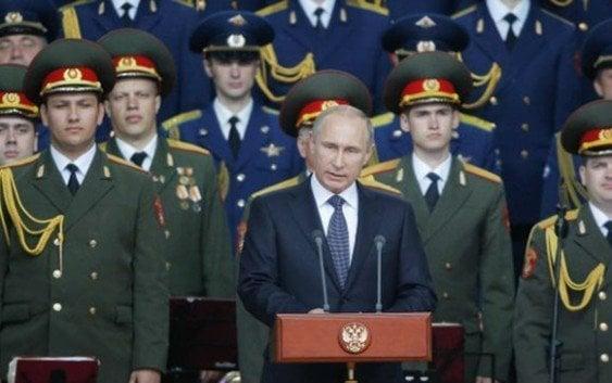 Rusia anuncia aumento arsenal nuclear