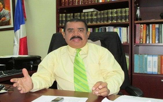 Senador Elías Piña; Deben prohibirle marchas a degenerados