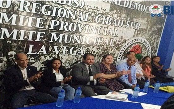 Renuncia diputado PRD de La Vega