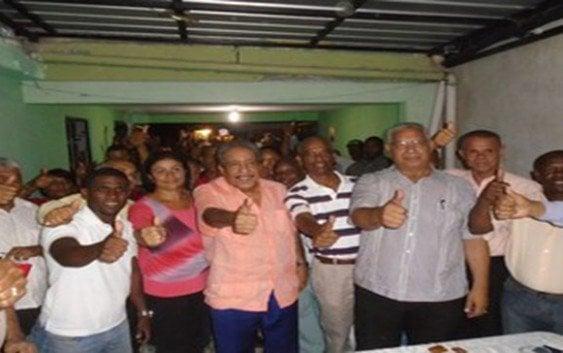 Suberví Bonilla evalúa equipo campaña circunscripción 2