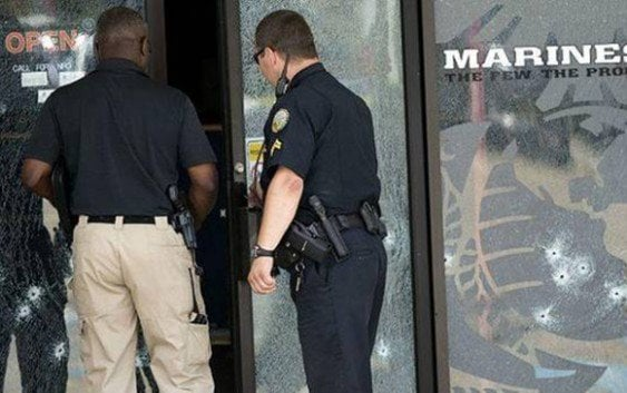 Pistolero asesina cuatro marines centro militar en Tenessee