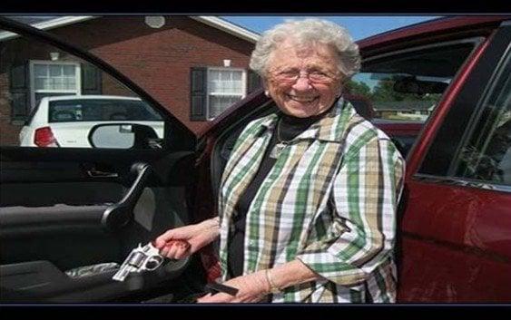 Señora de 81 años mató los violadores de su nieta
