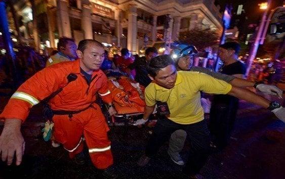 Atentado en el centro de Bangkok deja decenas de muertos