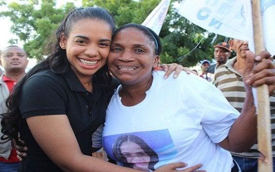 Asegura va al congreso a trabajar por la mujer y juventud