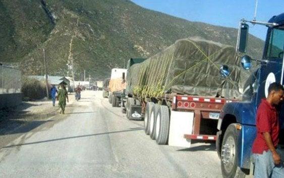 Camiones no volverán Haití hasta que gobierno pague daños