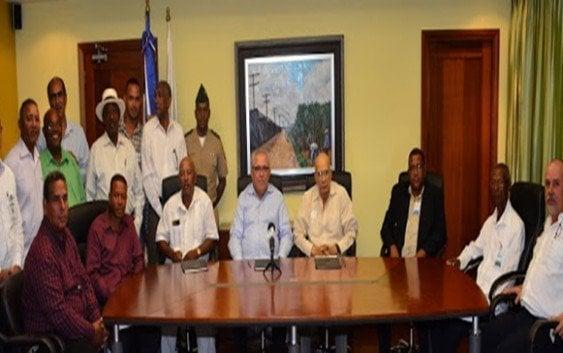 CEA firma convenio con productores de caña