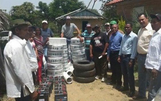 Productores de Guayajayuco reciben donación gobierno