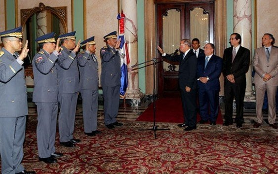 Presidente toma juramento a nuevos designados
