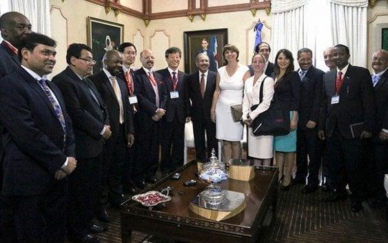 Presidente recibe miembros Asociación Mundial de Órganos Electorales