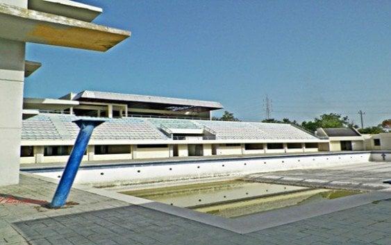 Piscina olímpica Barahona sigue abandonada por Ministerio Deportes