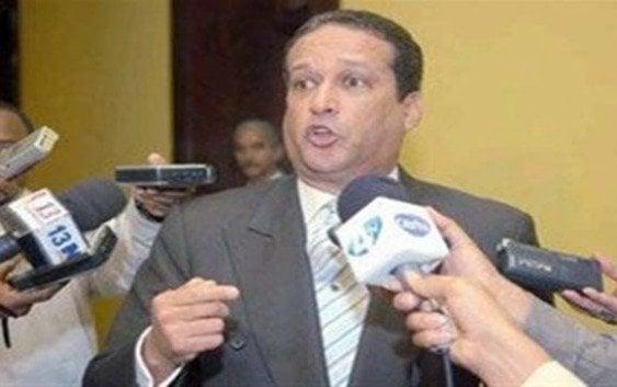 """Reinaldo pide se viole constitución para favorecerlos; La JCE dio """"palo asechao"""""""