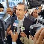 Luis Abinader invoca Virgen de Las Mercedes ayude pueblo dominicano
