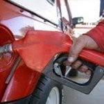 Estaciones de combustibles de Santiago paralizarán el servicio de venta