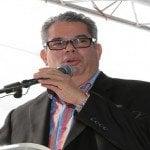 Heinz Vieluf: Senador Monte Cristi somete Ley elimine tributo dominicanos en el exterior