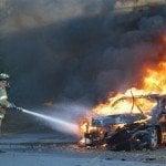 Joven muere carbonizada y tres acompañantes lesionados en Puerto Plata