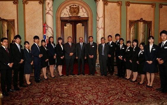 Presidente recibe delegación estudiantes japoneses participan intercambio cultural