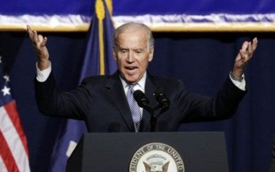 """Joe Biden dice Donald Trump ofrece """"mensaje enfermo"""" sobre los inmigrantes"""