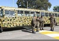 Ministro de Defensa entrega autobús 6to. Batallón de Infantería
