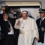 "Papa Francisco dice adiós a EEUU con un ""God bless America"""