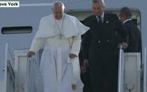 5:22 PM Papa Francisco llega a New York