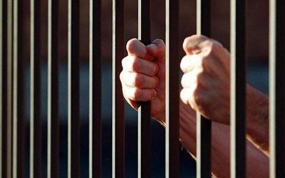Fiscalía desmiente empresario guarde prisión por defenderse atracadores