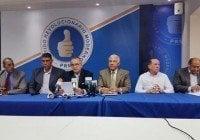 PRM denuncia gobierno Danilo cobra impuestos ilegales a combustibles