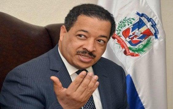 «Intruso» norteamericano amenazó presidente JCE quitarle visado