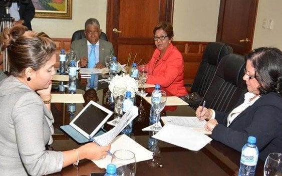 Comisión Senado respalda implementación liceos técnicos en región fronteriza